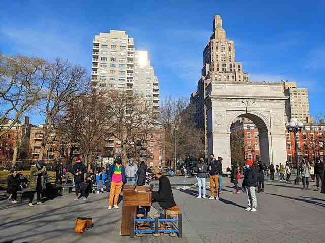 Washington Square Park (1)