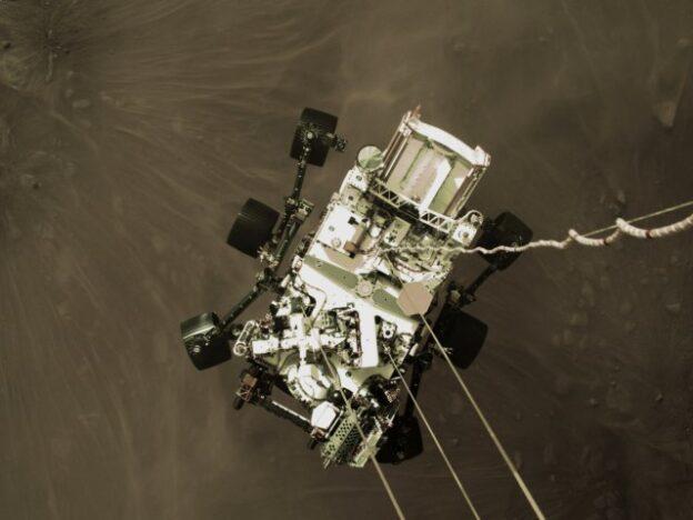 nasa-perseverance-mars-landing-photo